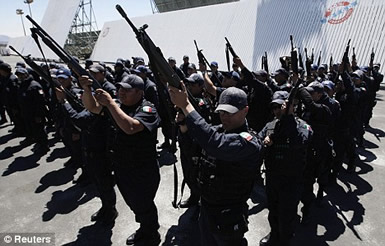 Mexican Military going to fight drug cartels